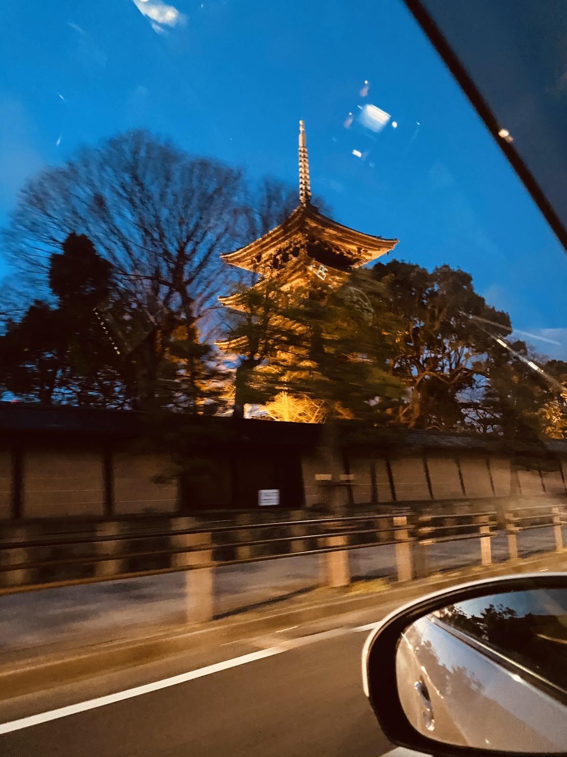 1月30日(木)本店ブログ★ ポルシェ パナメーラ あります✊_b0127002_19204254.jpg
