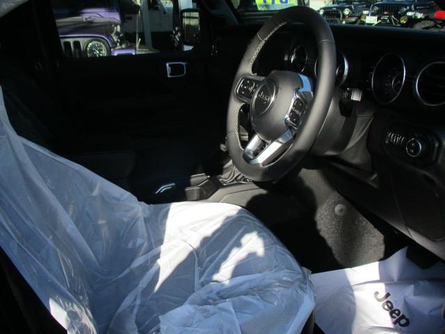 販売車両 JL ラングラー アンリミテッド サハラ レザー 新古車 入庫_b0123820_09591917.jpg