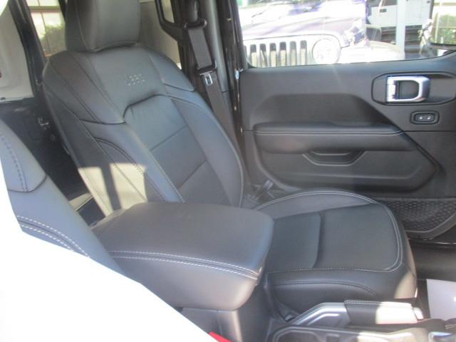 販売車両 JL ラングラー アンリミテッド サハラ レザー 新古車 入庫_b0123820_09592923.jpg