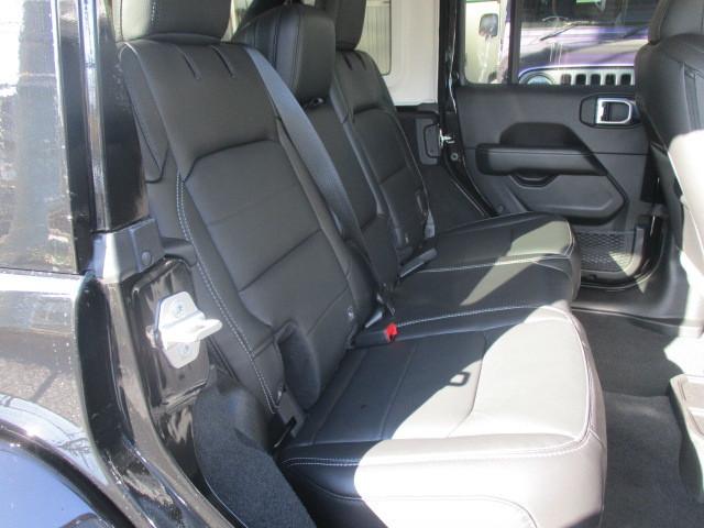 販売車両 JL ラングラー アンリミテッド サハラ レザー 新古車 入庫_b0123820_09594188.jpg