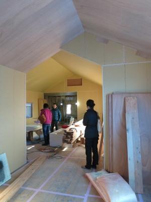 Aカフェの施工状況とサザンカ_e0097130_22304174.jpg
