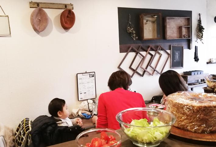 キッチンキッチンのカゴをアンティーク風リメイク_d0351435_10234875.jpg