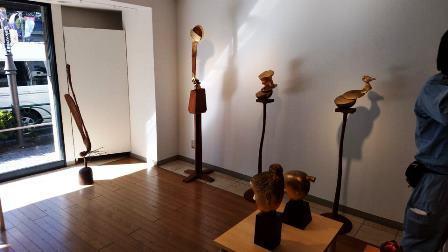 作業日誌(「石松豊秋彫刻展」作品搬入展示作業)_c0251346_16563311.jpg