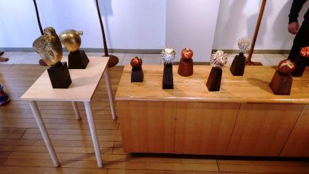 作業日誌(「石松豊秋彫刻展」作品搬入展示作業)_c0251346_16564066.jpg