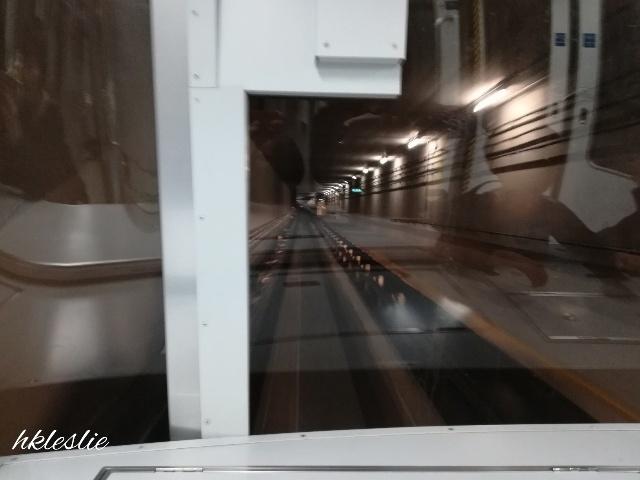 香港國際機場到着_b0248150_13225246.jpg