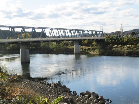 木曽川水系河川整備計画変更原案パブコメと長良川の遊水池計画(3)_f0197754_12340372.jpg