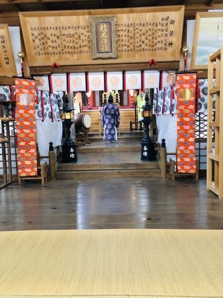 植木神社へ新年のご祈祷に行きました_f0368083_13164246.jpg