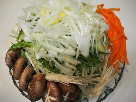 千切り野菜たっぷり_a0258686_07130878.jpg