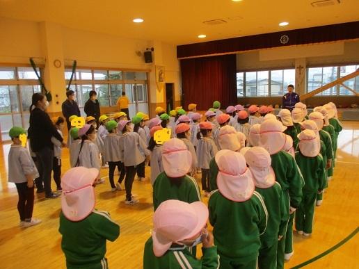 ゆり組 天使幼稚園へ!!!!_c0212598_16181422.jpg