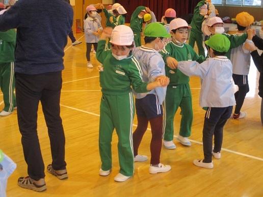 ゆり組 天使幼稚園へ!!!!_c0212598_16183494.jpg