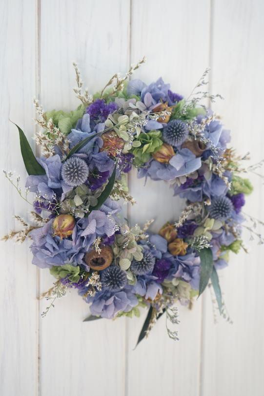 ラベンダー色の紫陽花リース_a0136507_21463682.jpg
