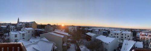 一日の日照時間は6時間半。穏やかな冬の太陽の動き。_c0003620_03393805.jpeg
