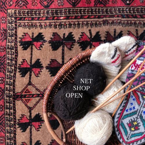 イランの手編み靴下 通販開始☆彡_d0156336_12110465.jpg