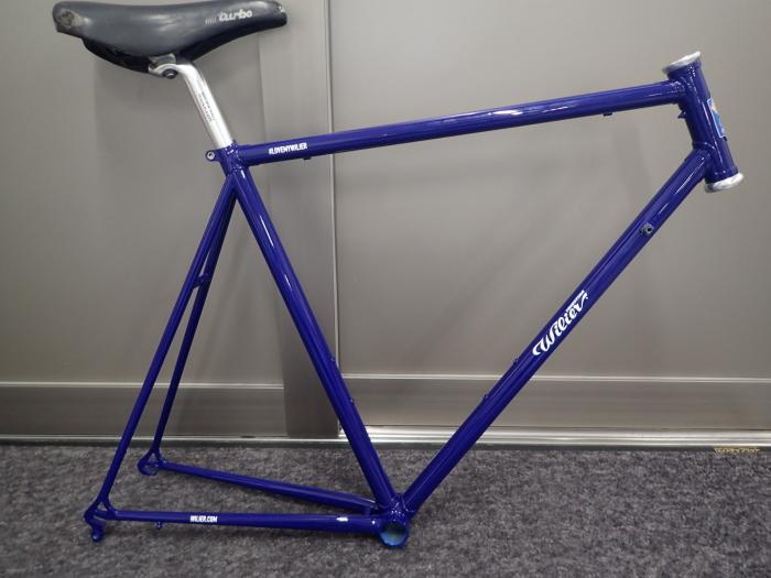 古い自転車①_a0386742_11383377.jpg
