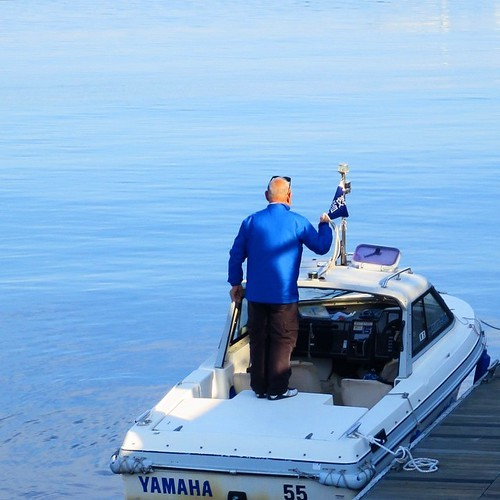 目指せ船舶免許!ブルーでハッピーな一日_c0060143_15511325.jpg