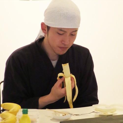 バナナ彫刻師の山田先生の匠の技がすごかった_c0060143_18590270.jpg