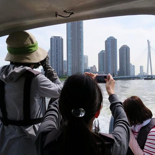 東京湾と隅田川を操船しながらクルージング_c0060143_19272311.jpg