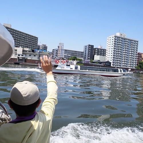 東京湾と隅田川を操船しながらクルージング_c0060143_19272370.jpg
