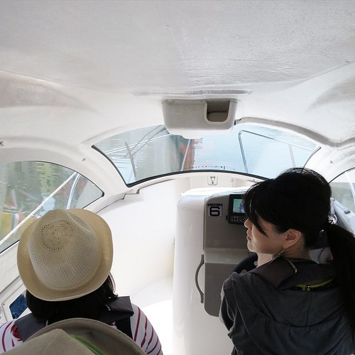 東京湾と隅田川を操船しながらクルージング_c0060143_19272463.jpg