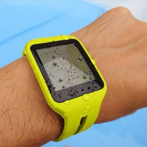 Xperia Z4は確かにプールで水に濡れても大丈夫です_c0060143_21065110.jpg