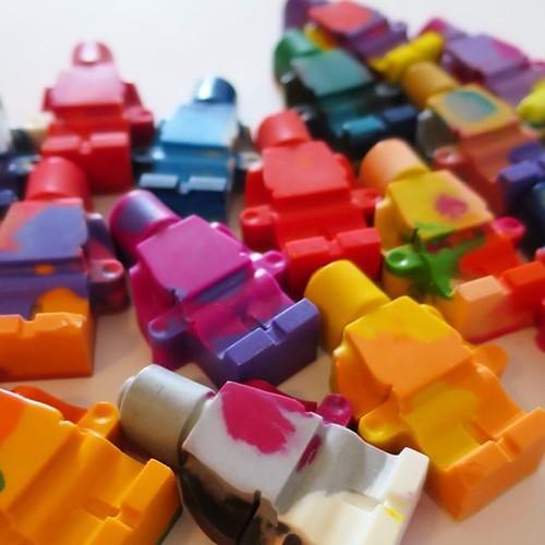 マーブルクレヨン、レゴのシリコン型で作ってみたよ_c0060143_21094587.jpg