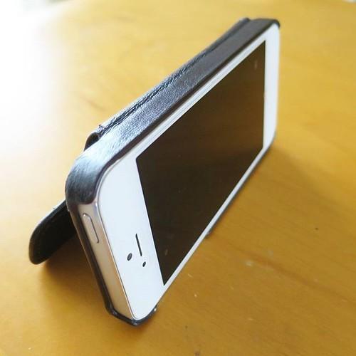 【PR】JOGGOのiPhoneケースを使ってみて「革は良いなー」と_c0060143_21525477.jpg