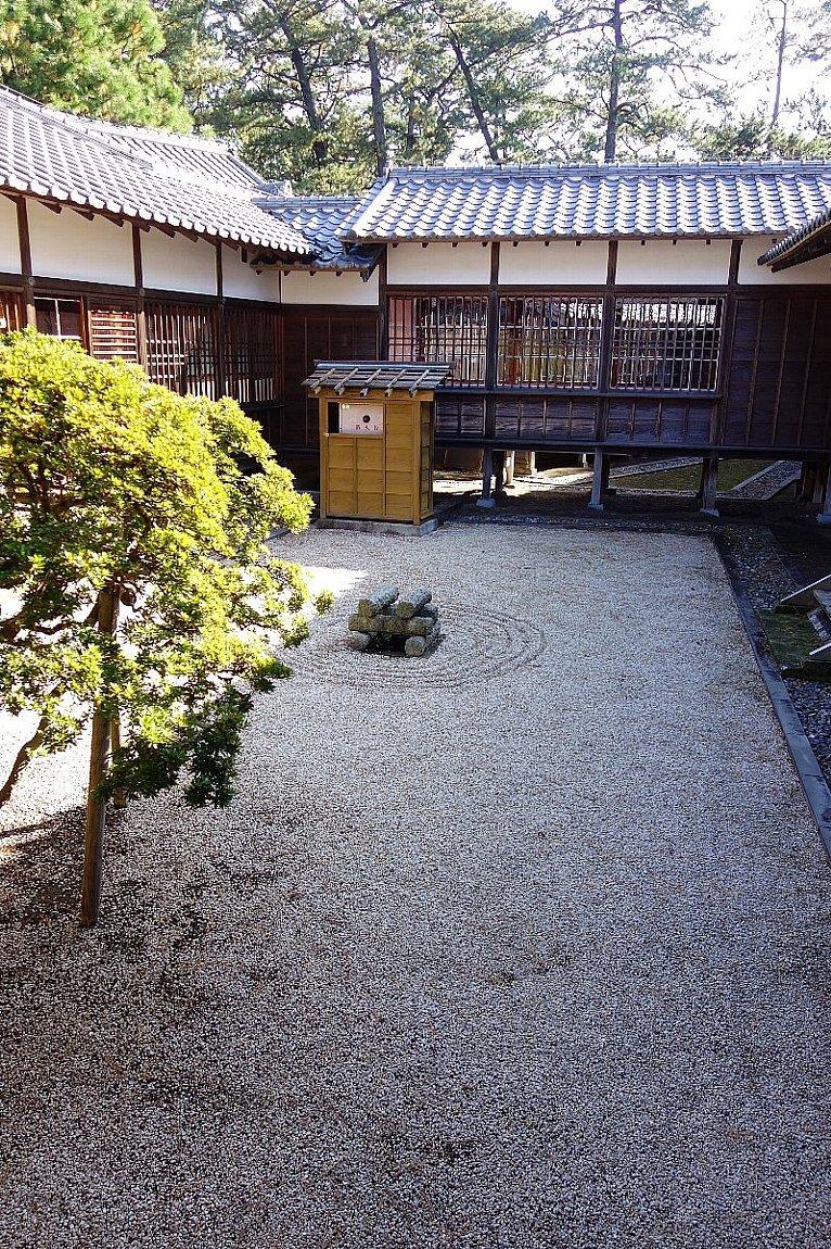 沼津御用邸記念公園 西附属邸(その2)_c0112559_08270345.jpg