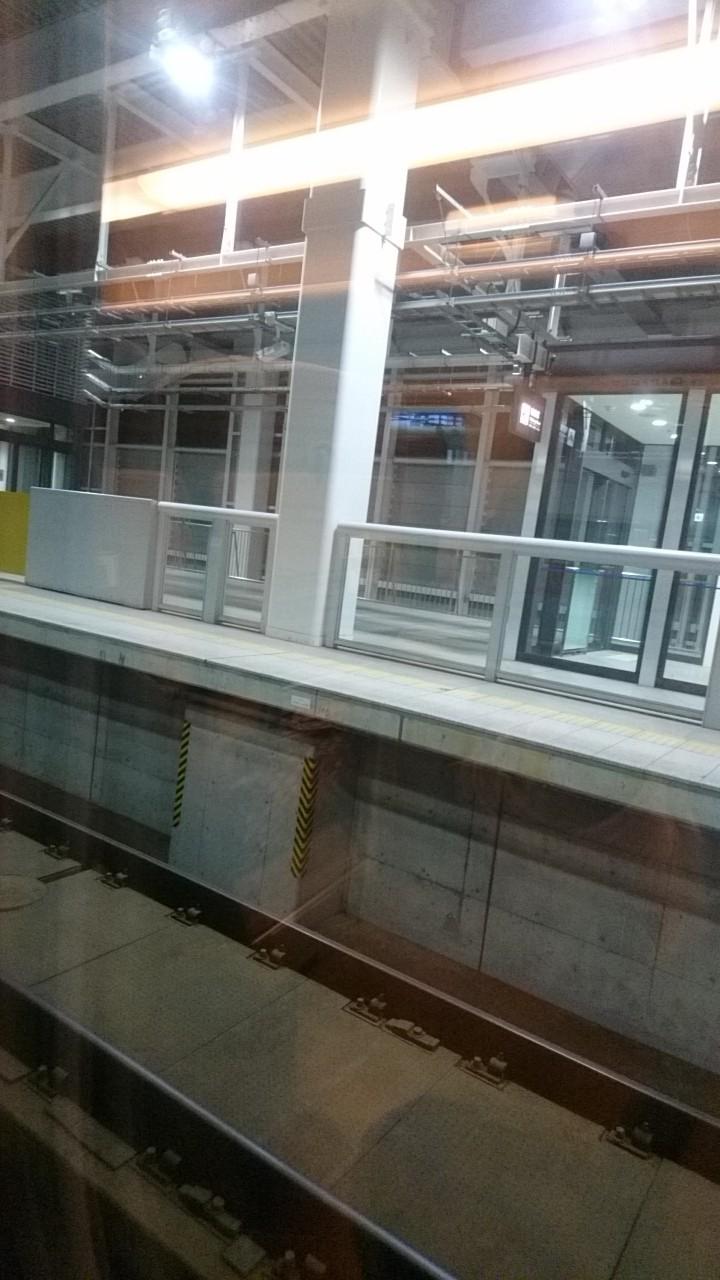 新幹線はやぶさ_b0106766_16160491.jpg