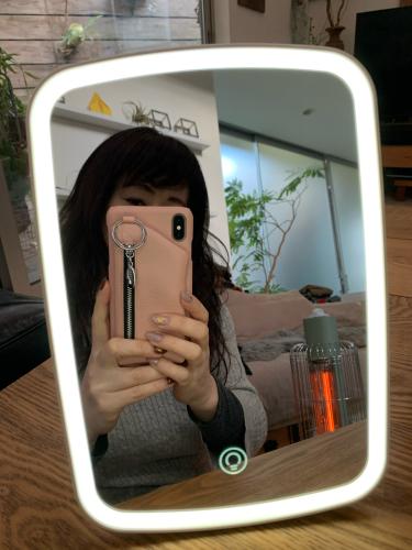 明るい鏡でテンション上げ上げメイク_a0142778_01031195.jpg
