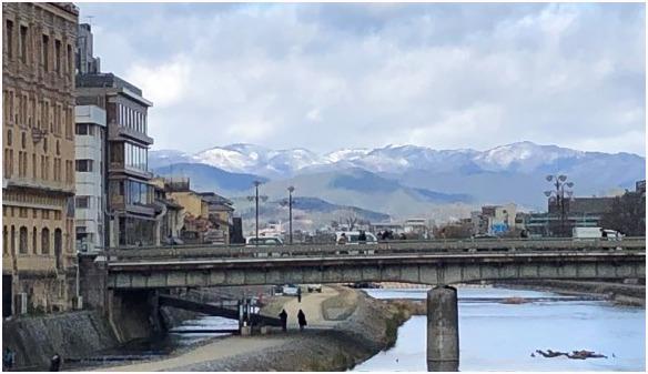 < 京都花脊に冠雪 >_c0036080_18022198.jpg