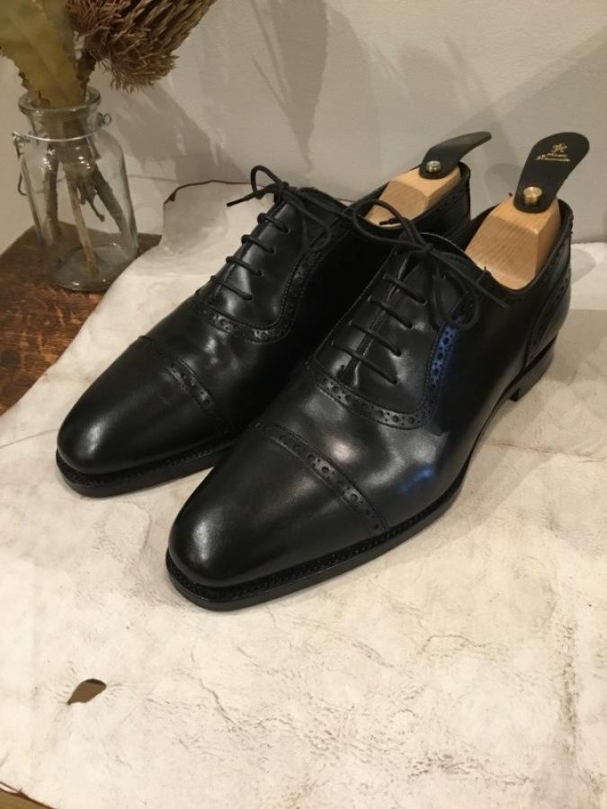 老舗英国靴メーカー「GRENSON(グレンソン」をオールソールしました_f0283816_17031869.jpg