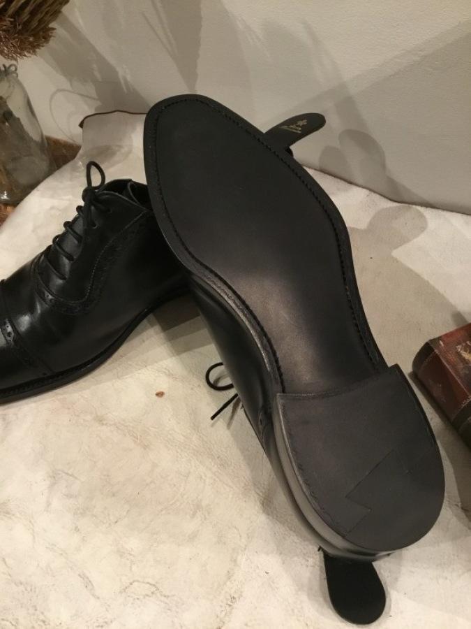 老舗英国靴メーカー「GRENSON(グレンソン」をオールソールしました_f0283816_17032481.jpg