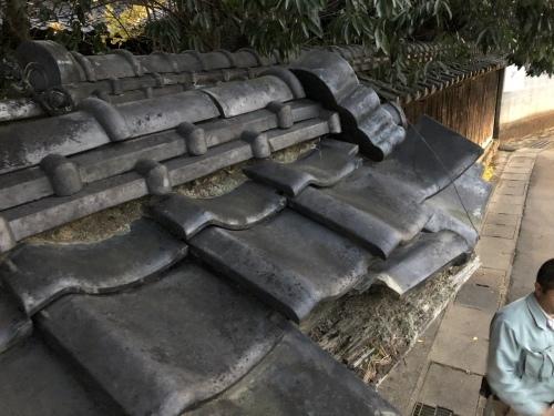 南アルプス市 本燻の屋根 其の一_b0242734_22324904.jpeg
