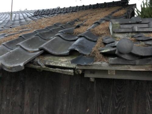 南アルプス市 本燻の屋根 其の一_b0242734_22341776.jpeg
