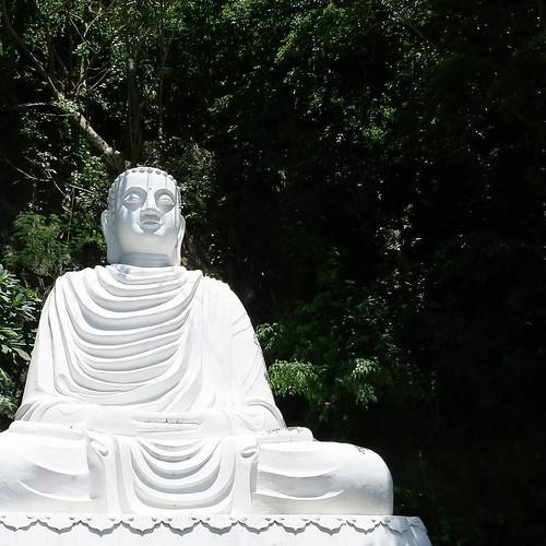 五行山と、大理石の彫像_c0060143_18330537.jpg