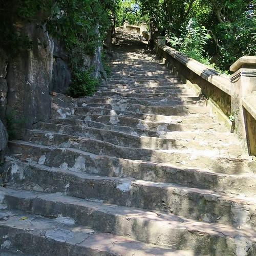 五行山と、大理石の彫像_c0060143_18330611.jpg