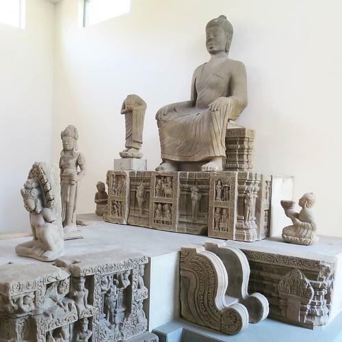 彫刻とチョコレートと_c0060143_18361217.jpg