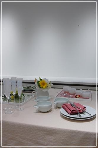 ビュッフェスタイルのパーティーテーブル   ~基本クラス _d0217944_20101906.jpg