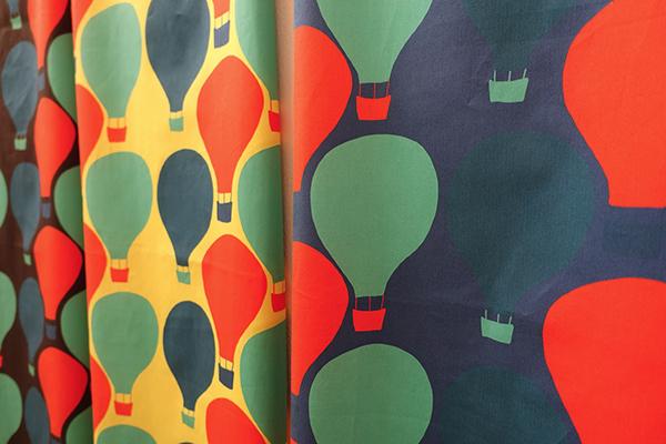 明日2/2(日)まで!【Kayoko Kawata「Spring breeze」Zakuro original print textile展】_a0017350_08141926.jpg