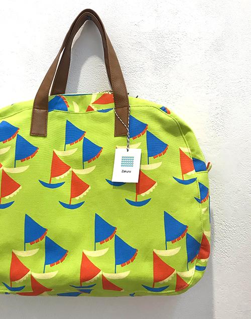 明日2/2(日)まで!【Kayoko Kawata「Spring breeze」Zakuro original print textile展】_a0017350_08143689.jpg