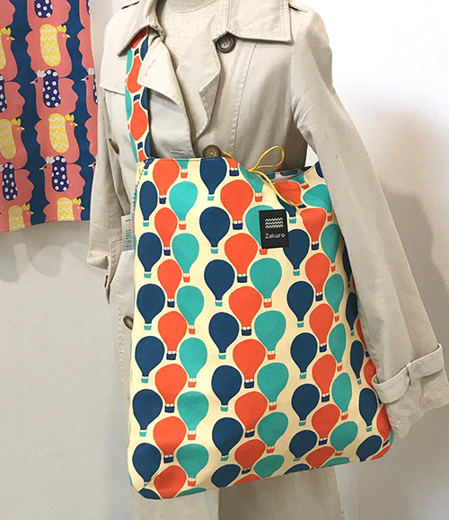 明日2/2(日)まで!【Kayoko Kawata「Spring breeze」Zakuro original print textile展】_a0017350_08143967.jpg