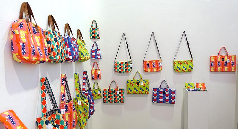 明日2/2(日)まで!【Kayoko Kawata「Spring breeze」Zakuro original print textile展】_a0017350_09051089.jpg
