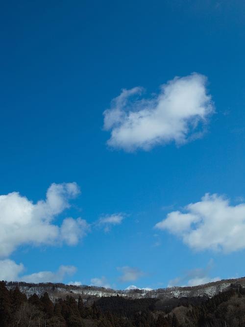 雪、二月も「逃げ月」に・・・椋川と武奈ヶ岳の雪景色_d0005250_17393065.jpg