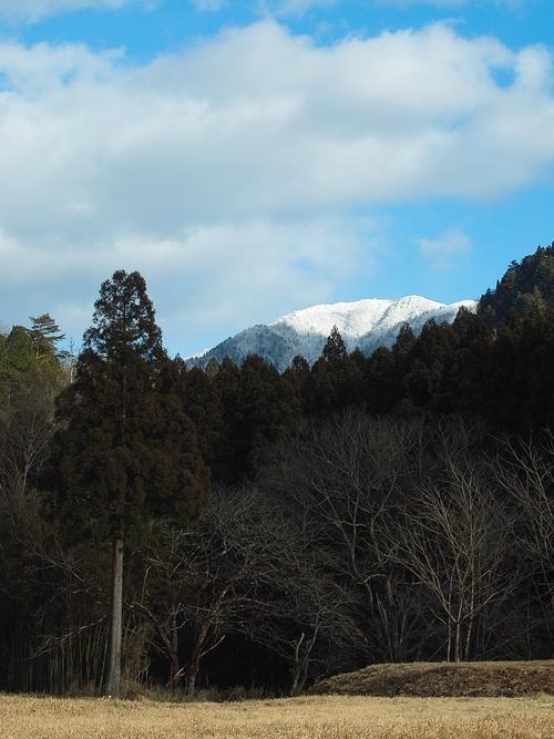 雪、二月も「逃げ月」に・・・椋川と武奈ヶ岳の雪景色_d0005250_17425162.jpg