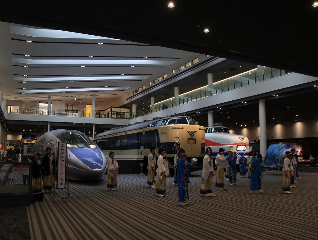 京都鉄道博物館 幕末維新号を見るプチ旅行の旅_d0202264_19152270.jpg