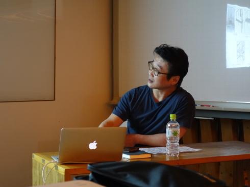 【講演レポート】 坂本茂氏 『Yチェアのペーパーコード張り実演を通して、Yチェアを知る』_b0149621_18115907.jpg