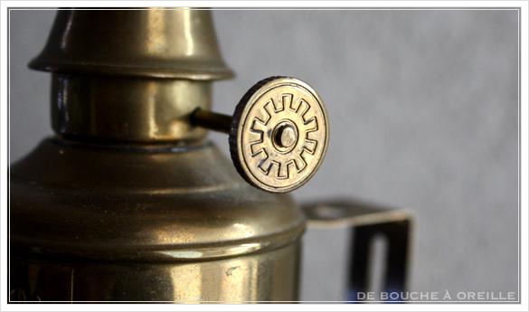 "lampe a essence \""PIGEON\"" 古いオイルランプ ピジョン フランスアンティーク_d0184921_14410760.jpg"