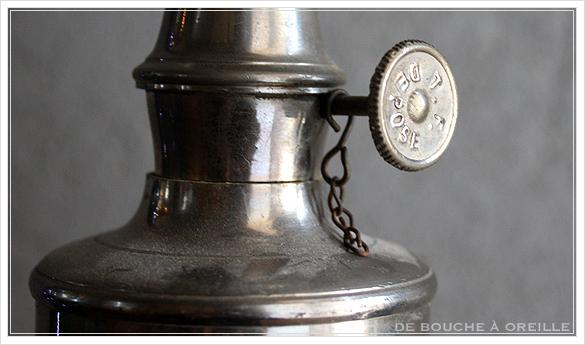 "lampe a essence \""LA MERVEILLEUSE\"" 古いオイルランプ ピジョン フランスアンティーク_d0184921_15544833.jpg"