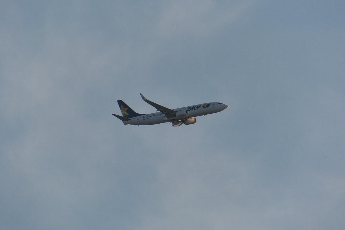 羽田新ルート南風運用・RW16着陸機はかなりカオスな状況_d0137627_22104637.jpg
