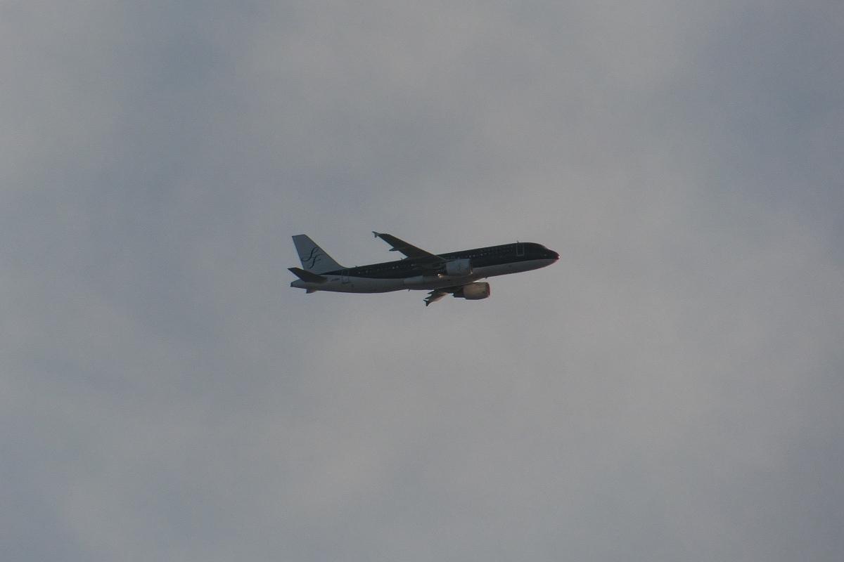 羽田新ルート南風運用・RW16着陸機はかなりカオスな状況_d0137627_22135194.jpg